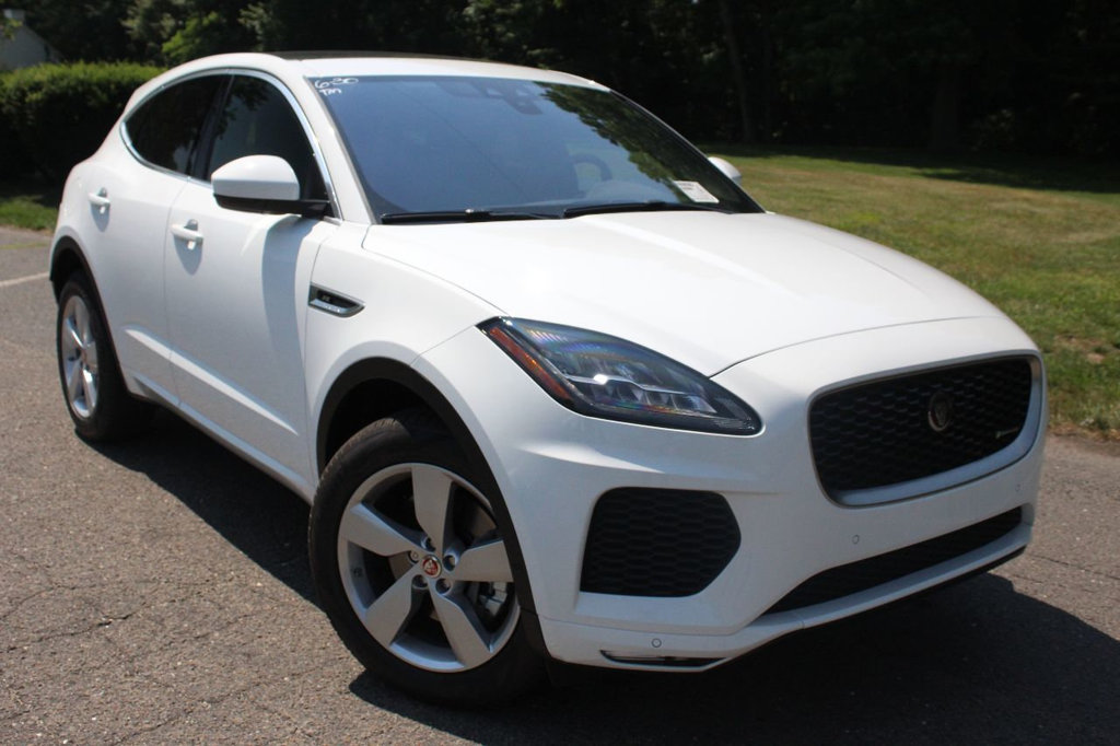 New 2018 Jaguar E-PACE P300 AWD R-Dynamic SE With Navigation