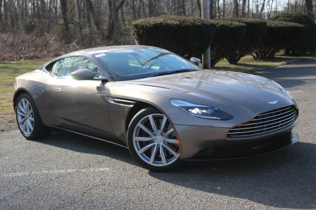 Pre-Owned 2017 Aston Martin DB11